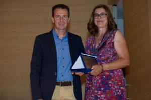Το βραβείο απένειμε ο βραβευμένος το 2014 βιοκαλλιεργητής, κ.Γιάννης Μέλος.